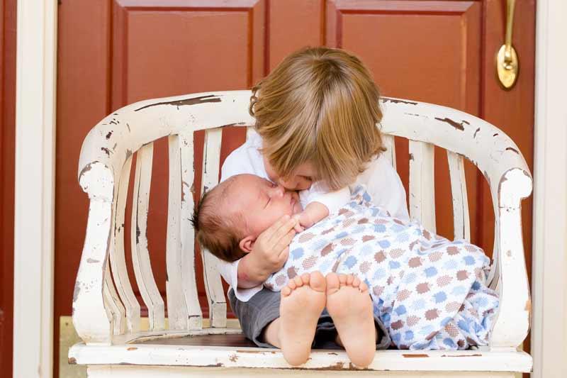 babyfotografie geschwister