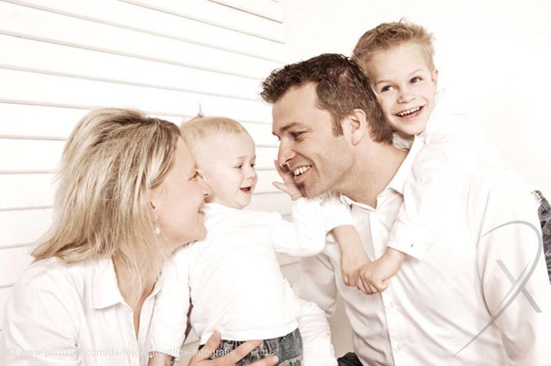 familien fotoshooting familienportrait fotograf studio