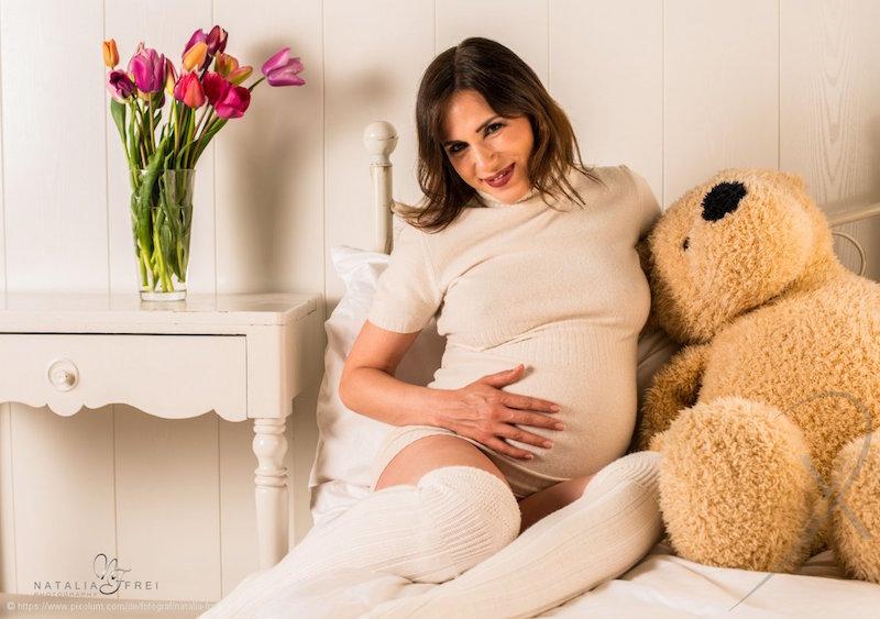 schwangerschaftsshooting schwangerschaftsfotos schwangerschaft-bauchfotos schwangerschaftsbilder guide inspiration posen