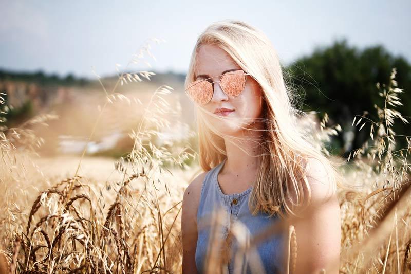 portraitfotografie spiegelungen brille polfilter
