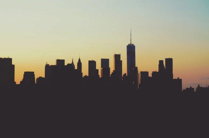 Silhouette einer Stadt fotografieren