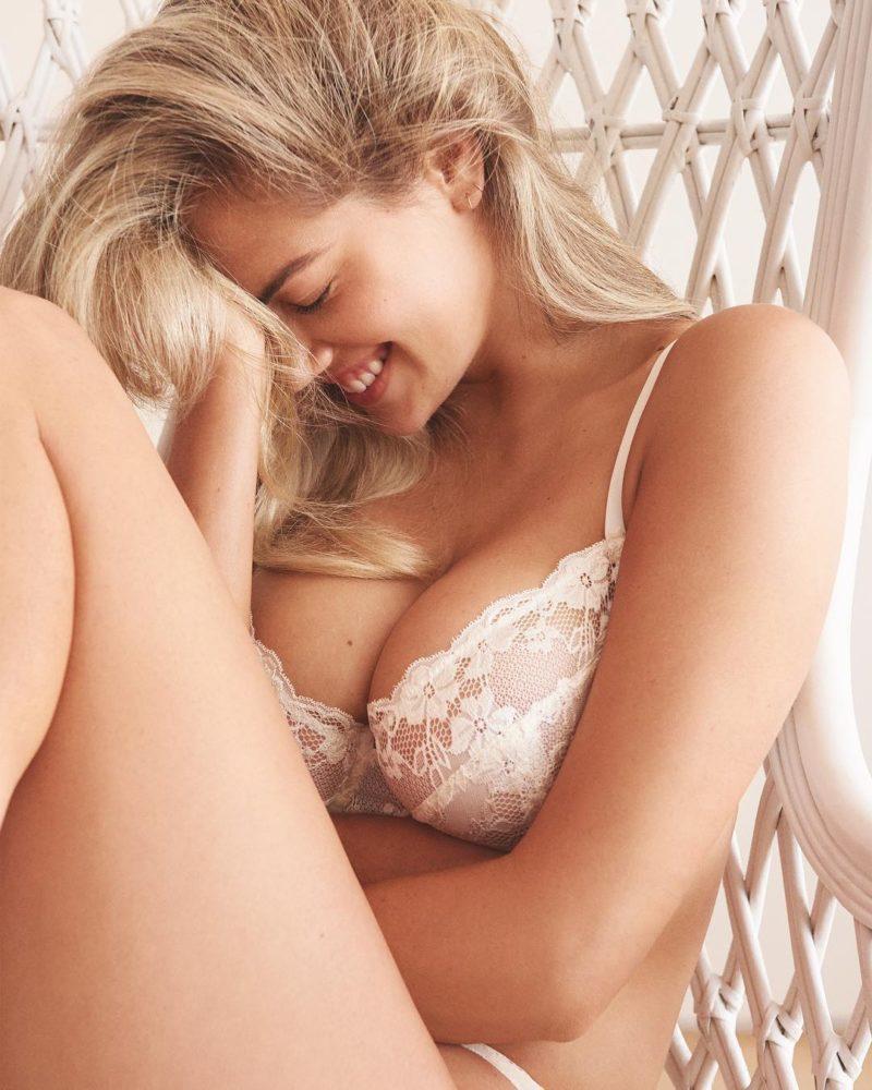 Kate Upton Curvy Model