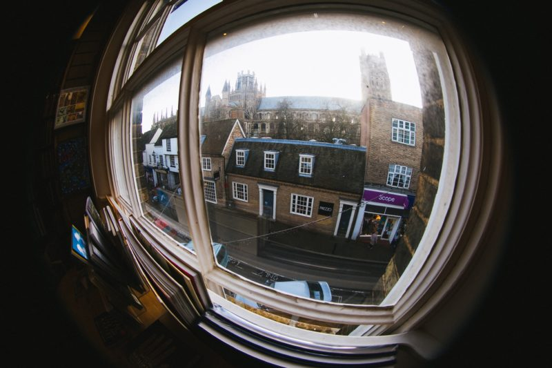 Blick aus dem Fenster mit Fisheye Objektiv