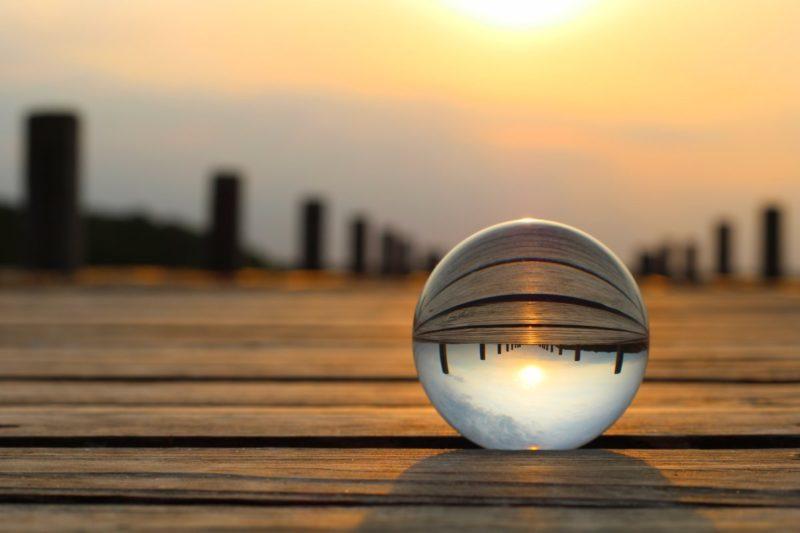 Spiegelungen fotografieren- Glaskugel