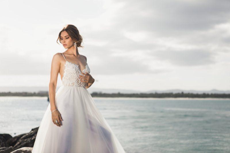 Fotografieren mit Blitz Umgebungslicht Braut am See
