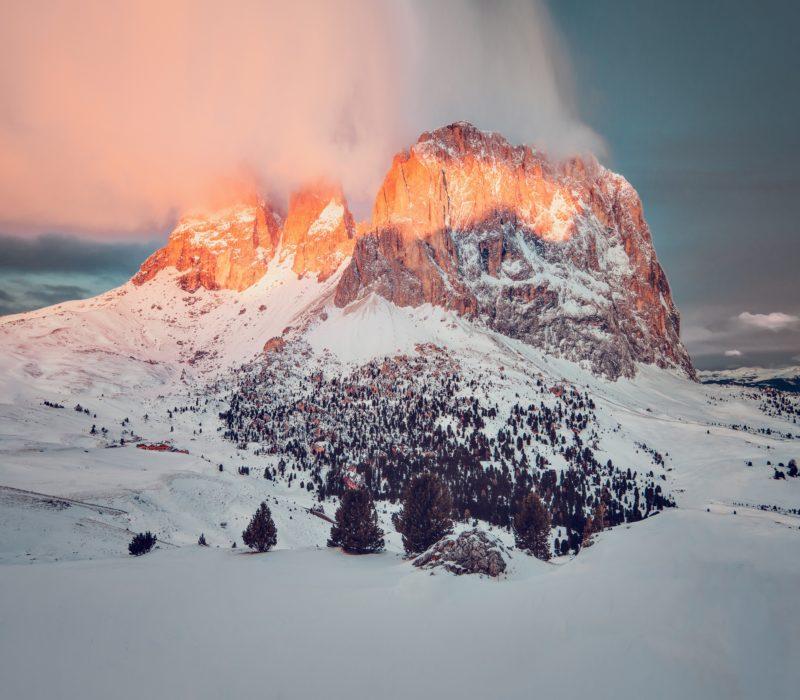 nachbearbeitung berg mit wolke