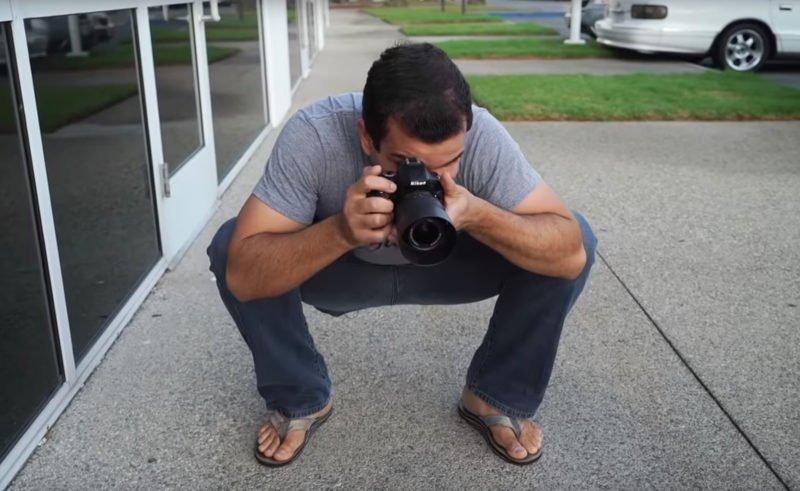 Kamera halten Hocke