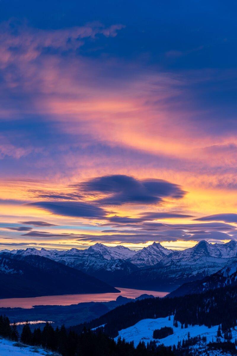 fotolocations gebirge mit schnee bedeckt bei sonnenaufgang fotografiert