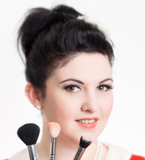 Make Up Artist Und Visagistin Ausbildung Make Up Academy: Visagistin In Kriens Für Dein Styling