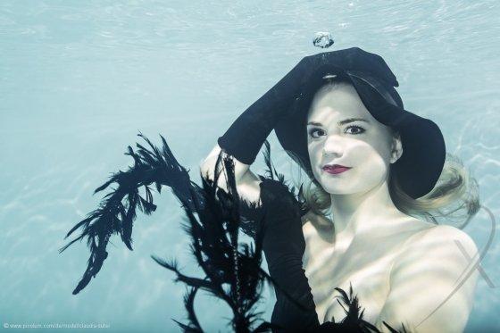 Model Schweiz Claudia S | pixolum