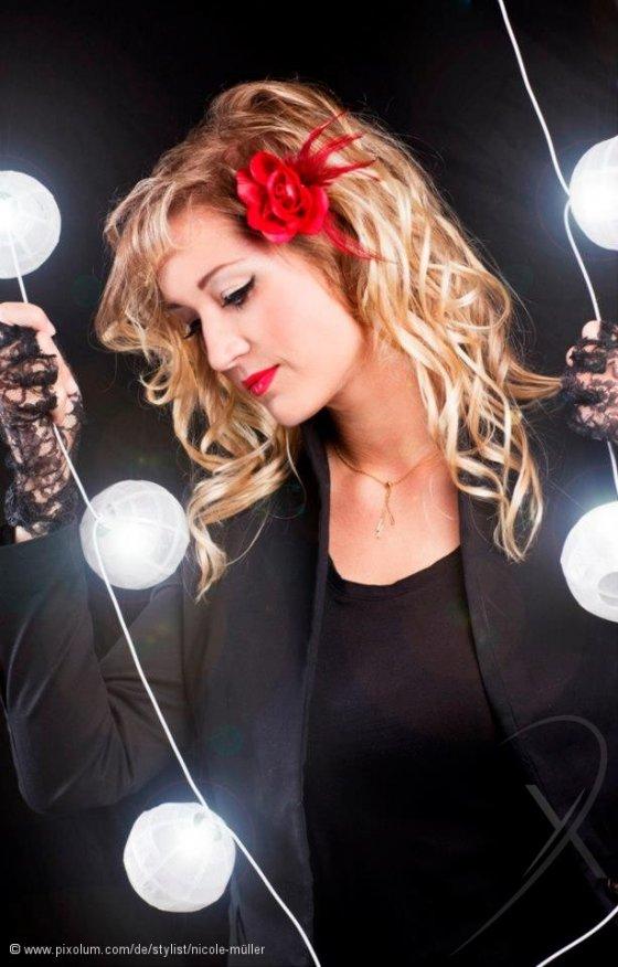 Stylist Thuernen Schweiz Nicole Mueller | pixolum