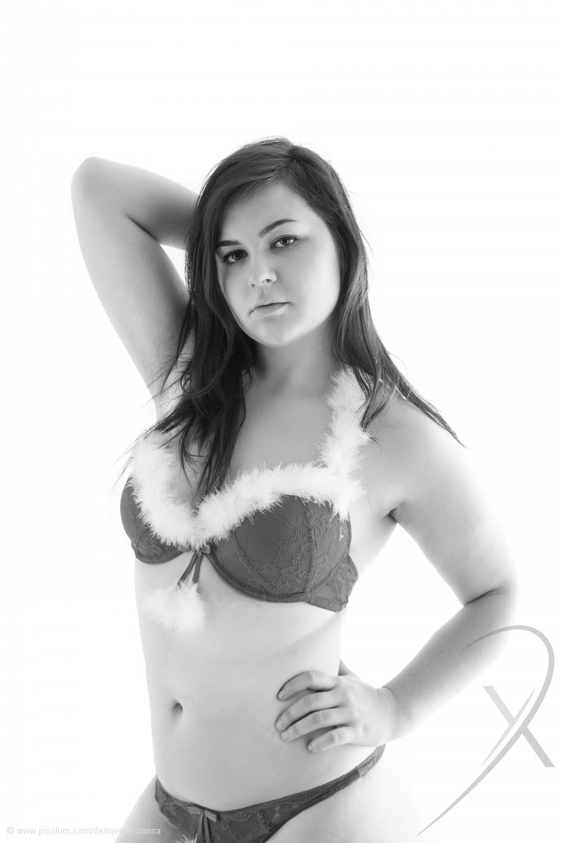 Model Schweiz Romina R | pixolum