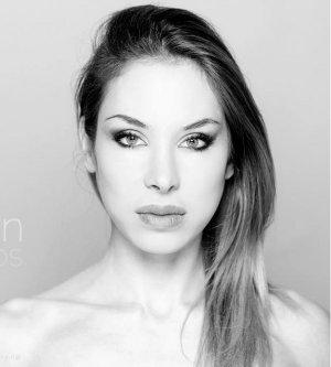 Model Nathalie C