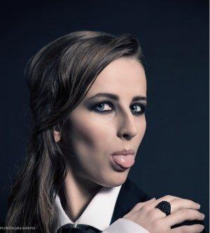Model Theresa S