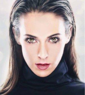 Model Sarah L