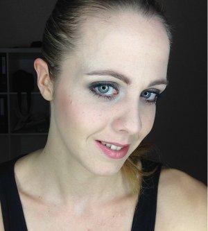 Stylist Krisi Sprenger