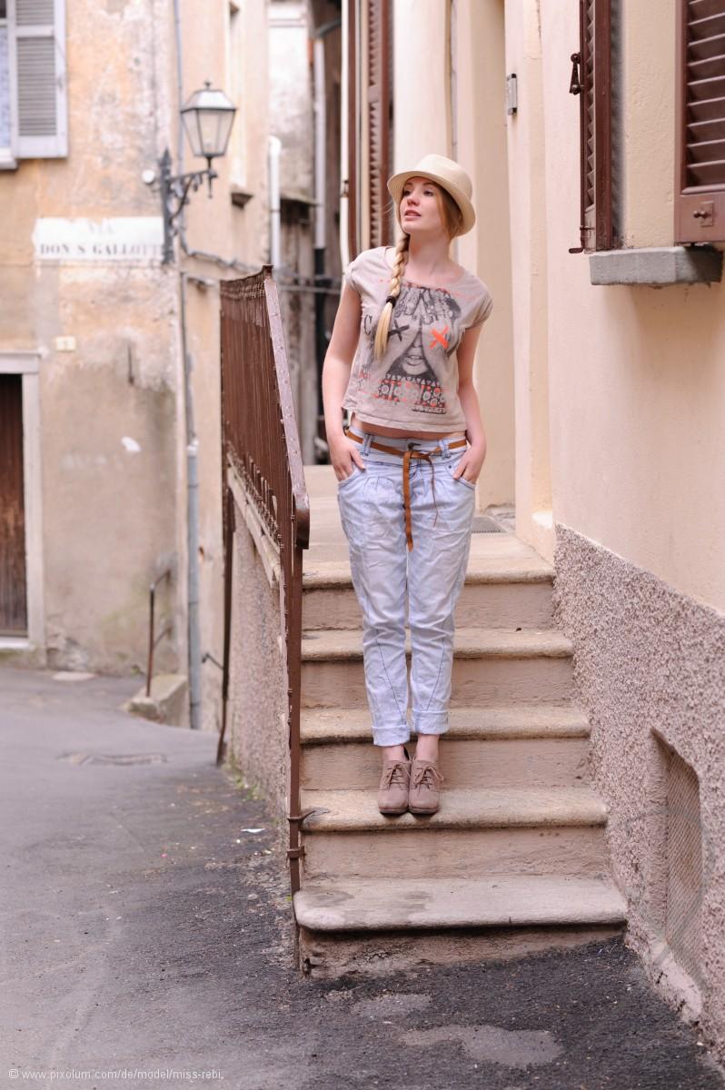 Model Schweiz Rebecca B | pixolum