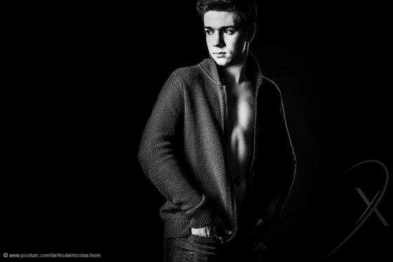 Model Schweiz Nicolas H | pixolum