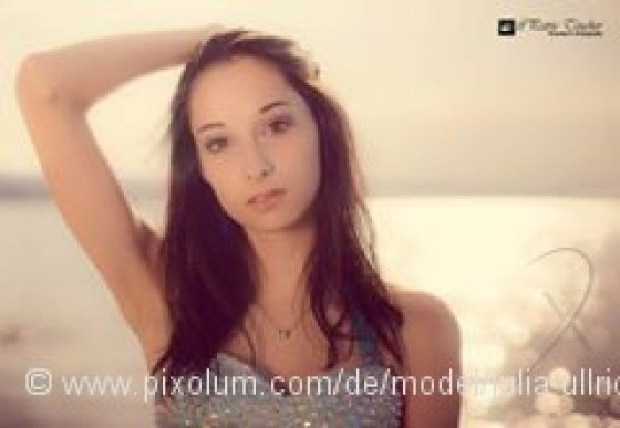 Model Schweiz Julia U | pixolum