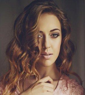 Model Nicole H