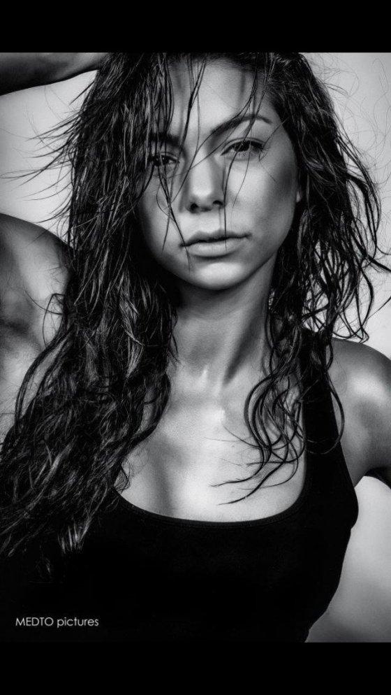 Model Schweiz Moira M | pixolum