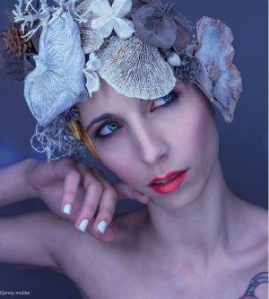 Model Jenny M