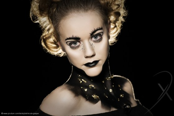 Stylist Riet Schweiz Nicole Gaspar | pixolum