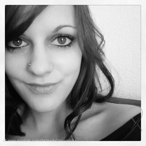 Model Schweiz Mireille S | pixolum