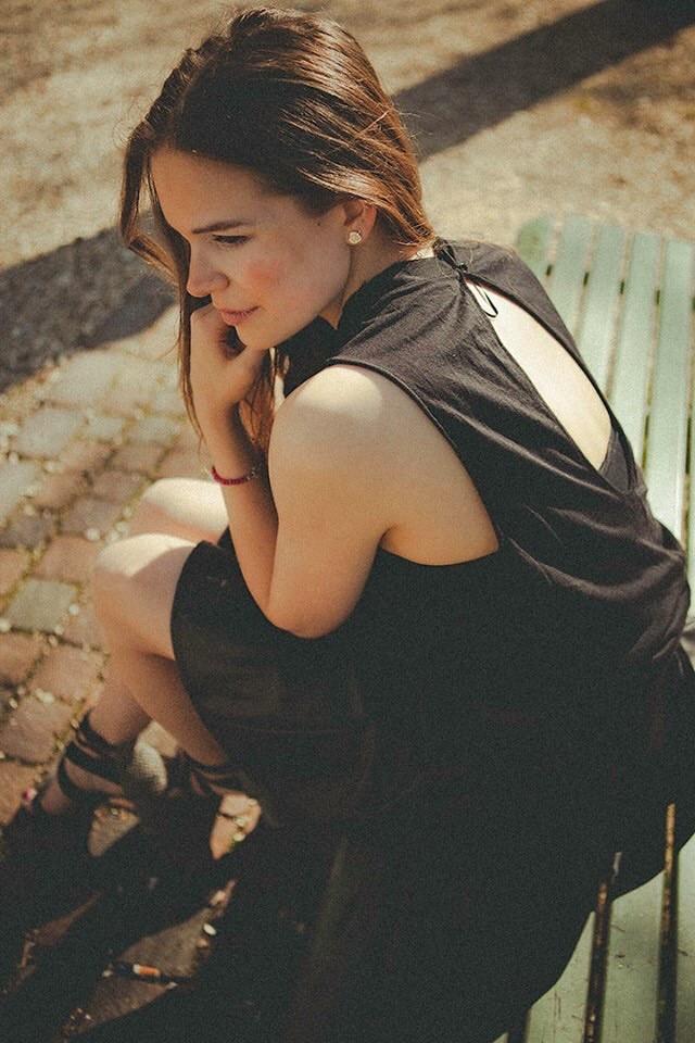 Model Schweiz Lara F | pixolum