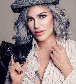Model Jacqueline L