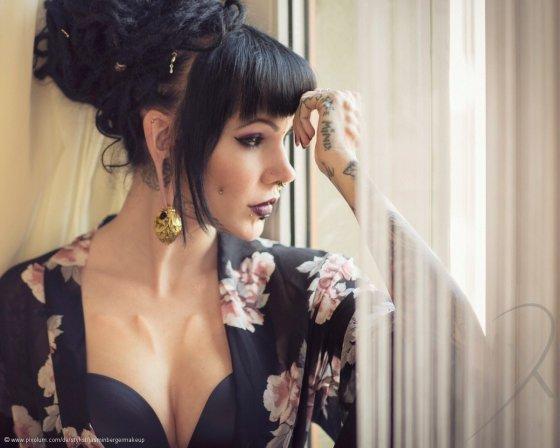 Stylist Wallisellen Schweiz JasminBergerMakeUp | pixolum