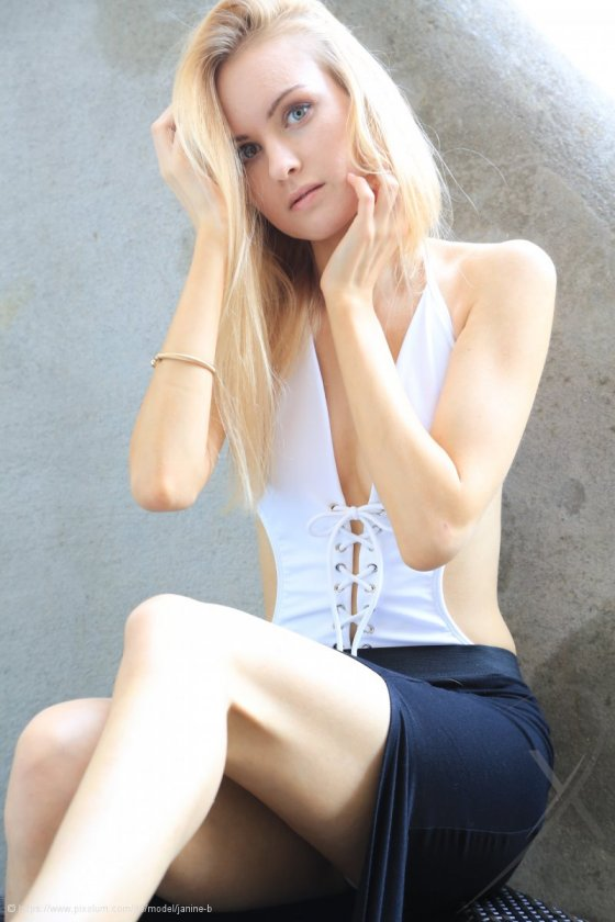 Model Schweiz Janine B | pixolum