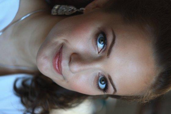 Stylist Zuerich Schweiz VVNK Makeup | pixolum