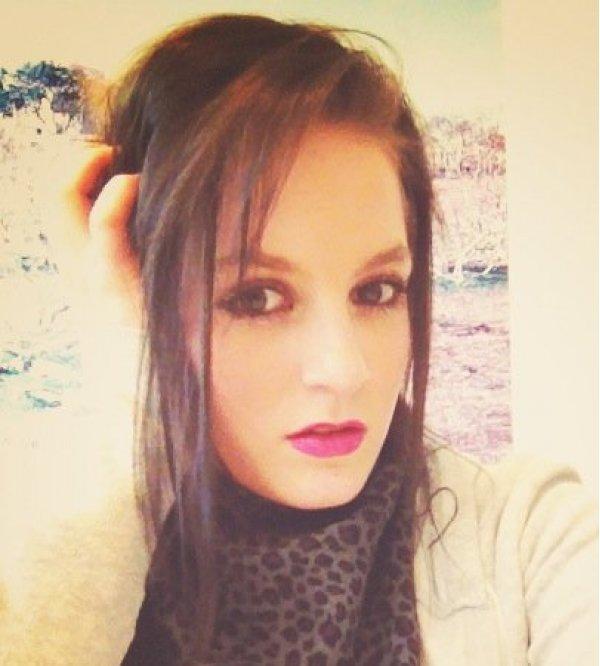 Model Alissia B