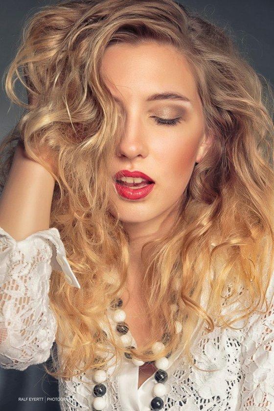 stylist schmerikon schweiz iryna mueller | pixolum
