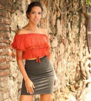 Model Giselle G