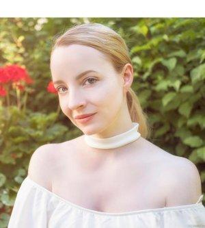 Model Daniela A