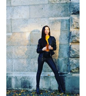 Model Alida J