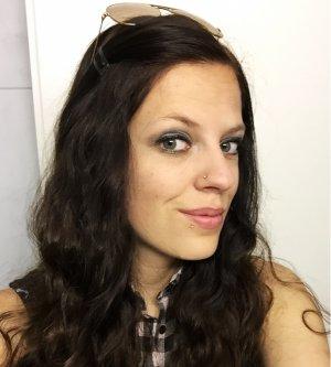 Model Michele P