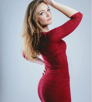 Model Marie V
