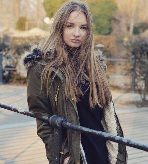 Model Sheila J