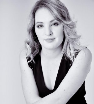 Model Lee-Anne Paige F