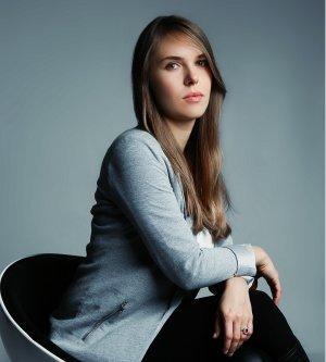 Model Anna Bi2
