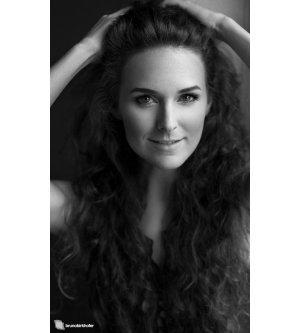 Model Corinne K