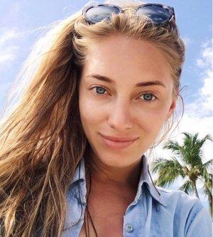 Model Irina Ra4