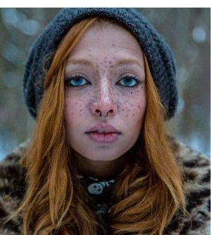 Model Beatriz D