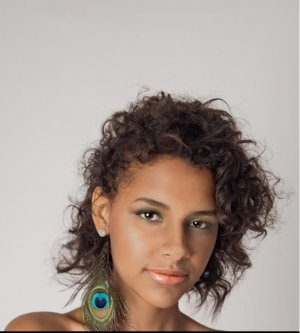 Model Melina G