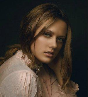 Model Anna D