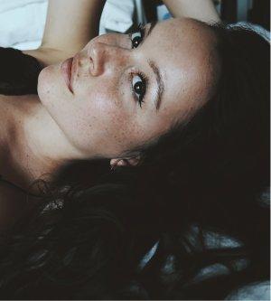 Model Julia K