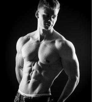 Model Lukas Ad10